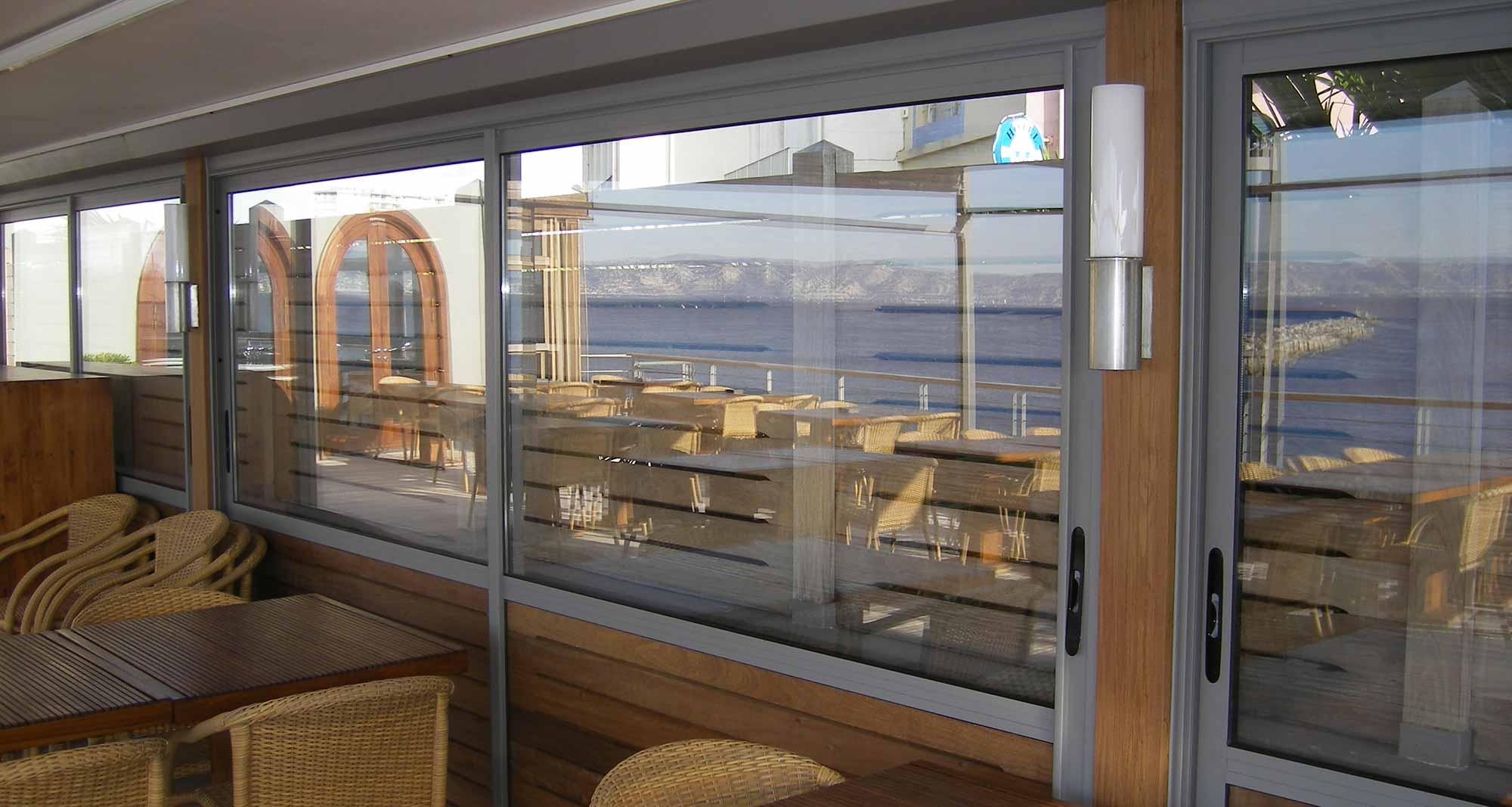 Fenêtres PVC, Alu, Bois sur mesure